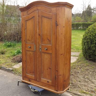 Fachhandel Für Antike Möbel Und Vintage