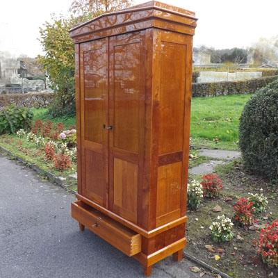 fachhandel f r antike biedermeier m bel in kirschbaum. Black Bedroom Furniture Sets. Home Design Ideas